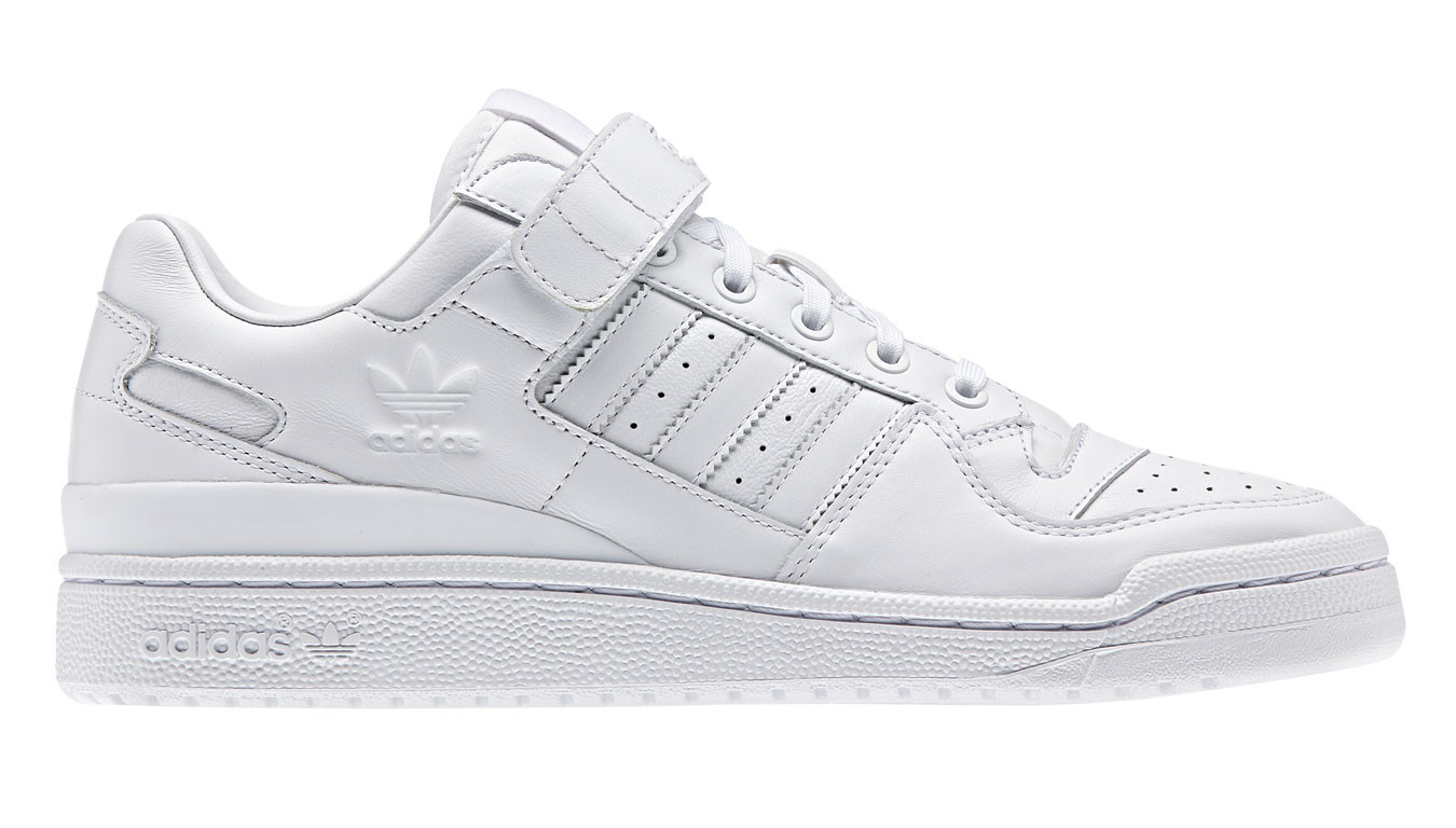 online store 5f60b 45a60 adidas Forum Lo Refined