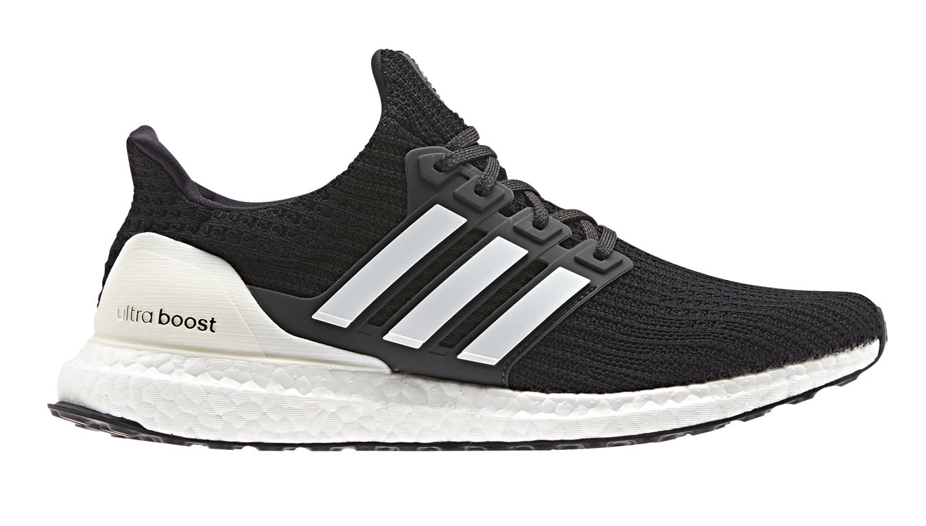 adidas UltraBoost 4.0 Carbon